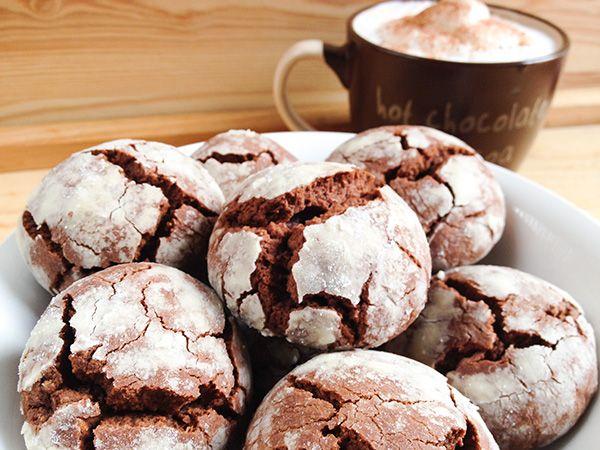 Galletas craqueladas de chocolate ¡Una receta sencilla y deliciosa!
