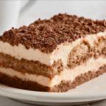 Mira cómo preparar un rico tiramisú clásico y de chocolate